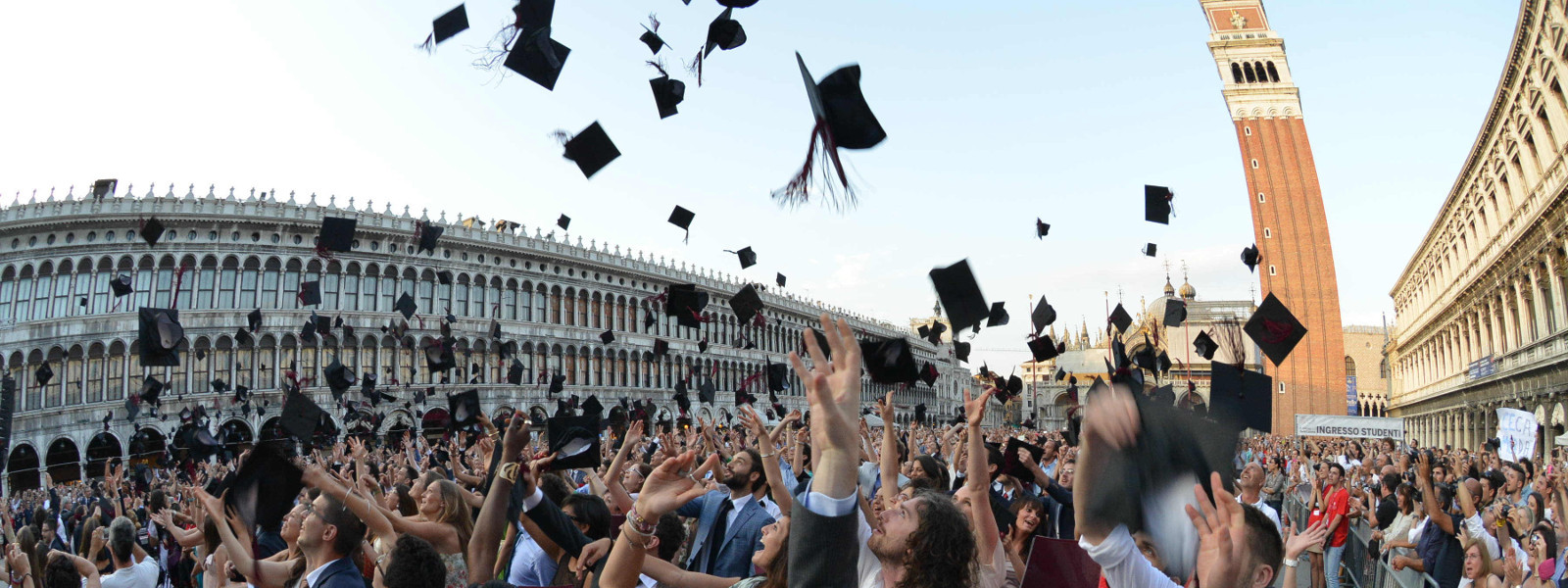 Placements abroad and careers  Ca  Foscari above the national average 5be93f5738a7